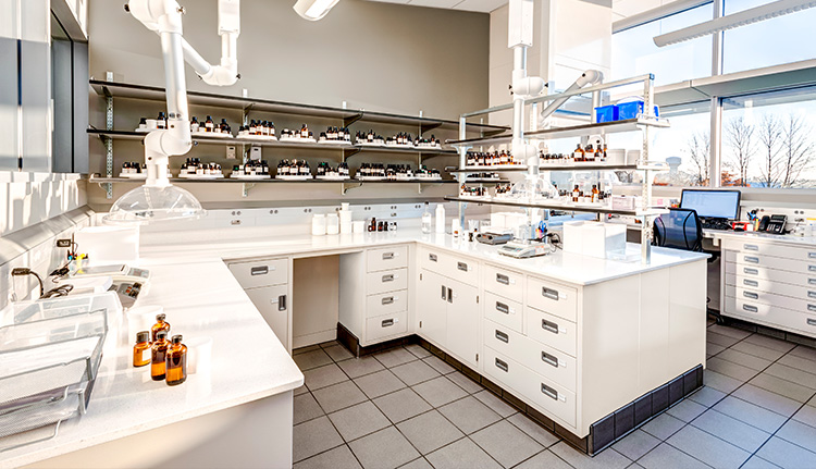 Laboratory Furniture | Advanced Companies